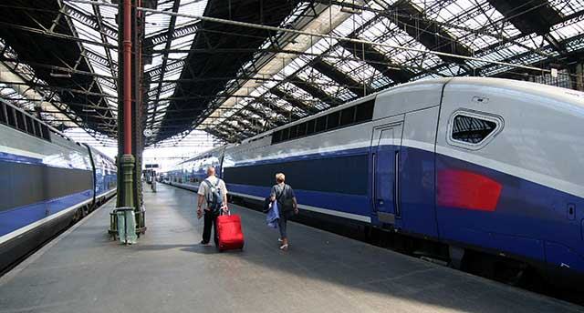 French-Train-Station-in-Paris
